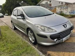 Peugeot 307, aceito financiado ou com dúvidas - 2010