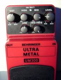 Pedal distorcao ultra metal- behringer
