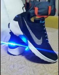 Título do anúncio: Tênis Nike EAR com Leds Azul - ORIGINAL Zerado!!!
