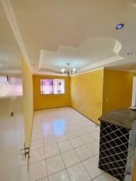 Apartamento no Itaperi - Fortaleza - R$ 900,00 - Locação