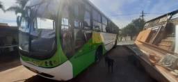 Vendo ou troco ônibus 1721 Mercedes bomba injetora 2001 busscar 32,000