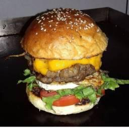 Chapeiro de sanduíches e carnes profissional  zap 98603:8931