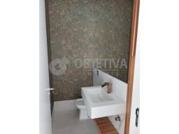 Título do anúncio: Casa de condomínio à venda com 3 dormitórios cod:802070