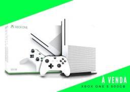 Xbox One S /500gb/ Blue-ray/4K e com Retrocompatibilidade + Jogos