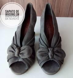 Sapato SCHUTZ num 38