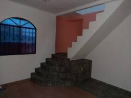 Alugo Casa em Rua Fechada no Cidade Nova com 4 quartos