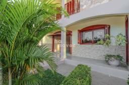 Casa à Venda com 3 Dormitórios, Suíte e Garagem Coberta