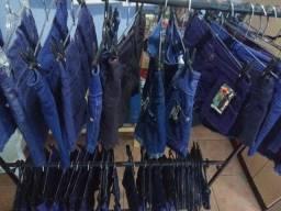 Lote de 38 peças novas jeans com etiquetas