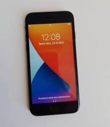 iPhone 8 Black 64 GB
