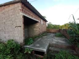 Vende-se terreno com casa na alvenaria 50x12