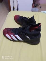 Tênis society Adidas...