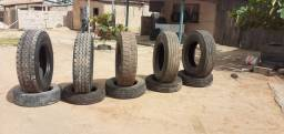 vendo pneus de caminhão 295/80R22.5 e tbm pneus 215/75R17.5