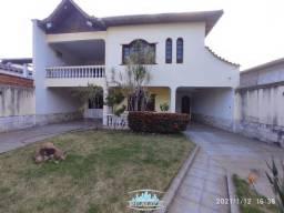Cod. 3680 - Vende casa bairro Centro, 2 andares, 04 quartos, terraço