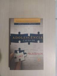 Livro: Adolescência causa da infelicidade