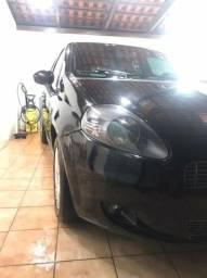 Fiat Punto Atractive Itália ano 2012