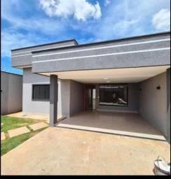 """J"" Vendo casa no conj Orlando Lobato $135.000"