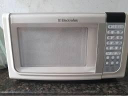 Microondas 23 litros Electrolux