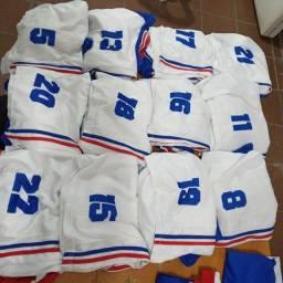 Título do anúncio: Fardamento completo  14 camisa , 14 calção  e 14 meias