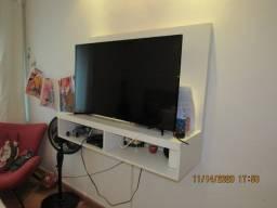 Estante com Painel TV Laca Branco