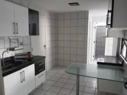 Apartamento na Península 3 suites