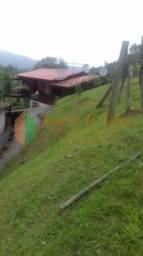 Ótima Chácara em Porto Belo à 4000 metros da BR