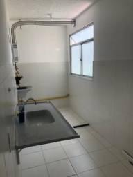 Aluga-se apartamento de dois quartos em Nova Cidade - São Gonçalo