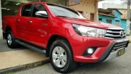 Toyota hilux 2.8 srv 4X4 automatica entrada de 8.000,00 - 2016