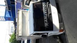 Vendo caminhão mb 180 baú - 1995