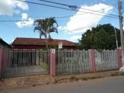 Casa / Centro - 3 Quartos
