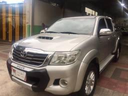 Toyota Hilux cd 3.0 srv 4X4 aut. top - 2013