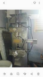Embaladeira de leite 500l/hora
