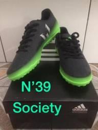 Chuteira society adidas N39
