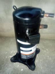 Compressor novo, retirada sem ter usado 380vts gaz 410