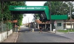 Vende-se Casa no Cond. Jardim Tropical