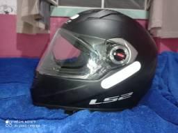 Vendo capacete LS2 seminovo
