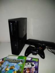 Xbox 360 com Kinect + jogos de brinde!
