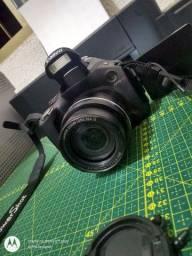 Camera SEMI-PROFISSIONAL Canon SX40