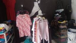 Vendo lote de roupas novas e semi novo e usados