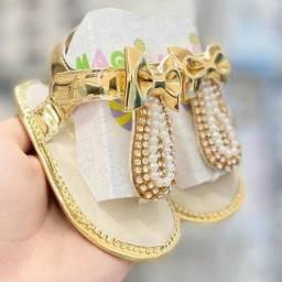 Sandália feminina de dedinho