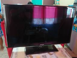 Vendo linda Smart Tv 40