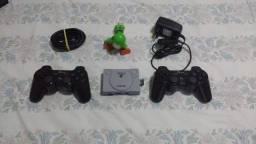 Mini console com mais de 15 mil jogos.