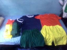 Jogo de camisa e calção