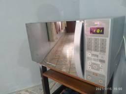 Microondas ESPELHADO INOX