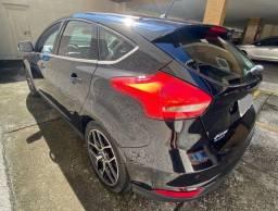 Ford Focus Titanium 2.0 Automático 2017