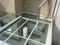 Manutenção em coberturas de vidros