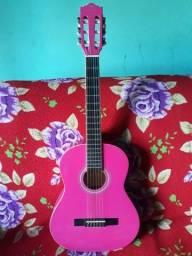 Vendo esse violão  semi novo 400,00