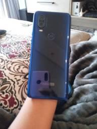 Motorola one vision semi novo! Fora da caixa