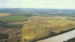 Fazenda às margens do rio São Francisco, Buritizeiro, MG