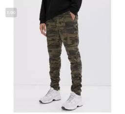 Calça jeans masculina camuflada