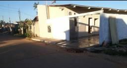 Condominio com 3 apts. 1 quarto suite, sala cozinha e area de serviço.  1 vaga na garagem
